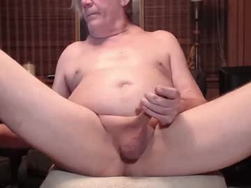 johnnyblues52 cam video from Chaturbate.com