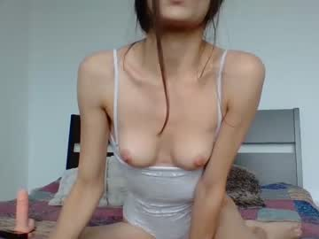 ofeliaqueen blowjob show from Chaturbate