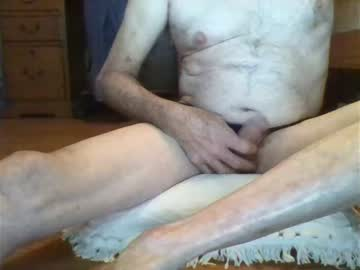 rwoodsy77 record video with toys from Chaturbate.com