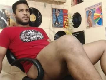 alex_and_thadeo public webcam from Chaturbate