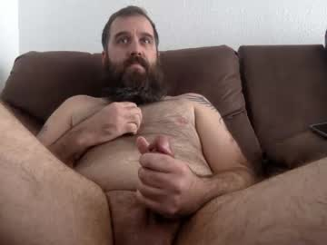 strokingbeard public webcam video from Chaturbate