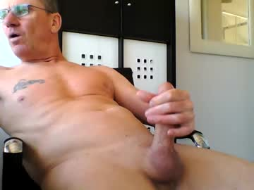 pappnase111 private show from Chaturbate.com