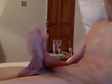 studentliving show with toys from Chaturbate.com
