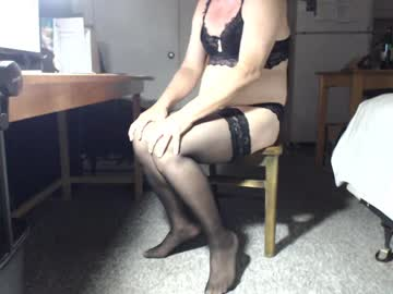 auntieemma video with toys from Chaturbate.com
