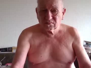 johan1948 blowjob video from Chaturbate.com