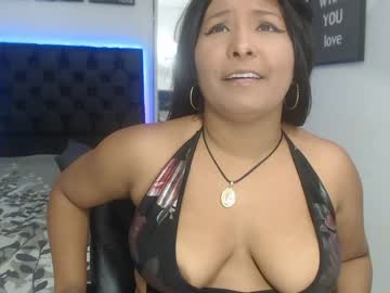 paolasanchez8 show with toys from Chaturbate.com