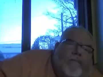 borealbigbear record public show video from Chaturbate.com