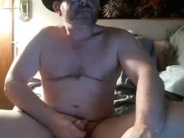 arirask blowjob video from Chaturbate