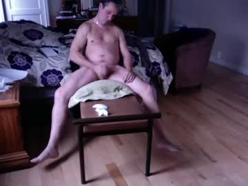 bruteass53 record show with toys from Chaturbate