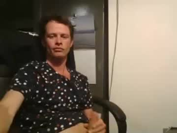 robbolow video with dildo from Chaturbate.com