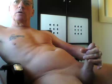 pappnase111 record public webcam video from Chaturbate.com
