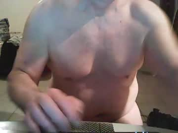 tom54 blowjob show from Chaturbate.com
