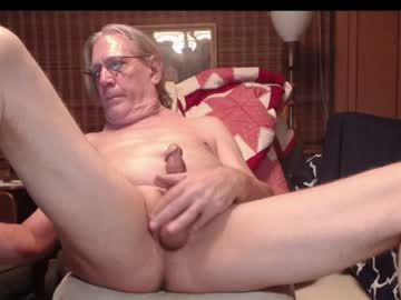 johnnyblues52 record blowjob show from Chaturbate