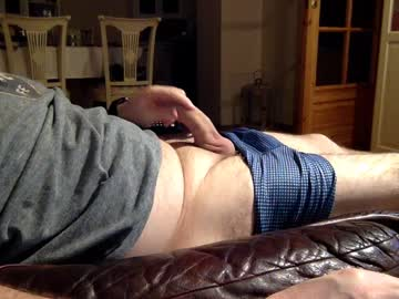 hommelpong chaturbate video with toys