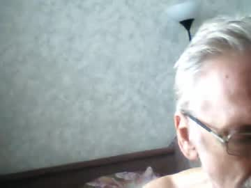 oldmanfromrussia record video with toys from Chaturbate