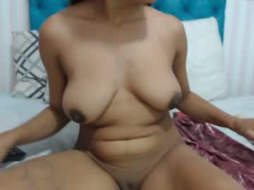 valerie_pretty video with dildo