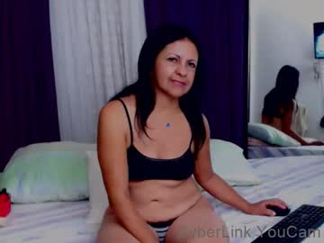 katiehotx public webcam from Chaturbate
