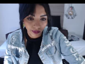 linday_castillo private from Chaturbate