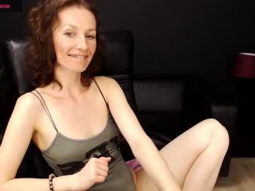 yummyholly private from Chaturbate.com