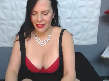 tiffanygolld_ blowjob video from Chaturbate