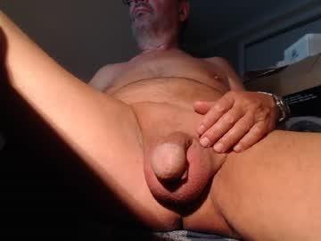 huge_dick_head chaturbate