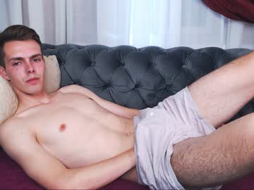 oscar_skyy show with cum from Chaturbate.com