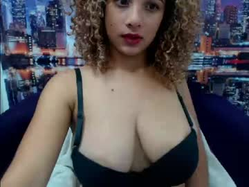 goldtitsbig video with dildo from Chaturbate