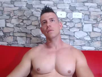 007blondguyxx show with toys from Chaturbate.com