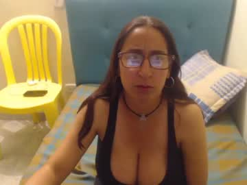 sweet_waist44 record public show video from Chaturbate.com