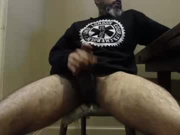 beardeddarkie record blowjob video from Chaturbate.com