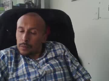 elpichador record public webcam video from Chaturbate.com