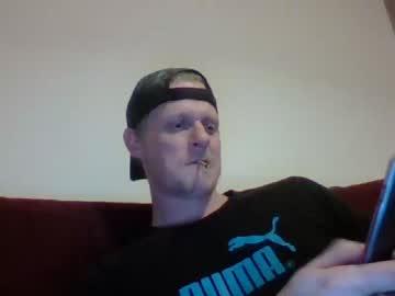jaxx7777 record blowjob video from Chaturbate