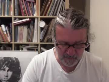 jesseejames007 webcam video from Chaturbate.com