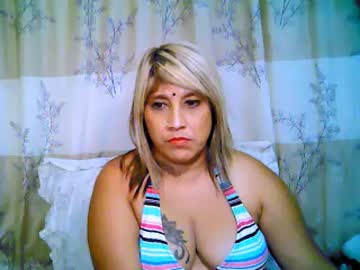 indianroxy69 public webcam video