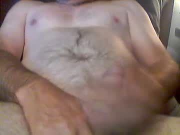 mountandewme555 cam video from Chaturbate