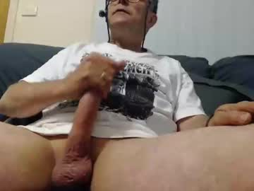 aussiemalet record video with dildo