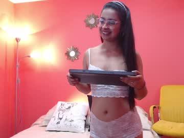 valenacosta_ record webcam video from Chaturbate