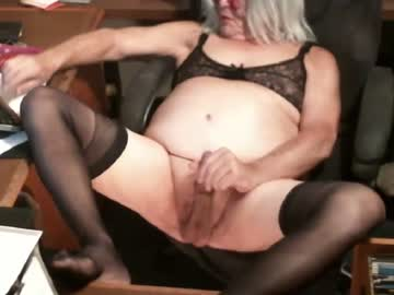 trumpet3 blowjob show from Chaturbate