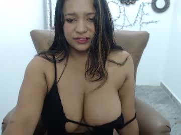 kendra__love show with toys