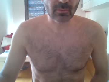 angelusi public webcam video from Chaturbate.com