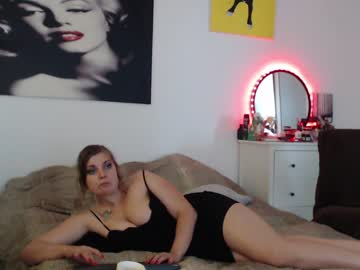 misscaseyycash video with toys from Chaturbate.com