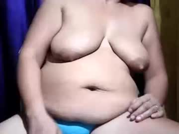 pretty_avah record show with toys from Chaturbate.com
