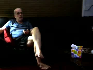 guywifi private show from Chaturbate