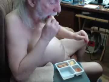titpuller video from Chaturbate