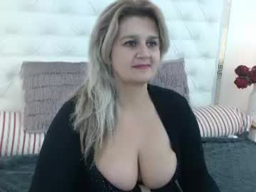 ladycory record video with dildo