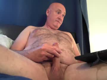 daddybigandbald record video with toys from Chaturbate.com