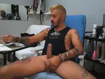 goodboy2005a private XXX video from Chaturbate.com