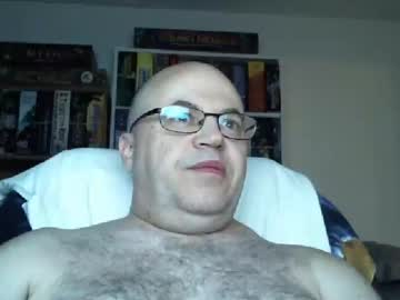 chiefypooh record public show from Chaturbate