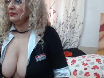 lady_dy4u record public show from Chaturbate