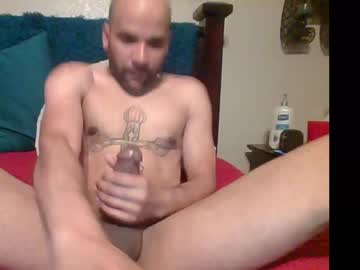 therealj20 public show from Chaturbate.com